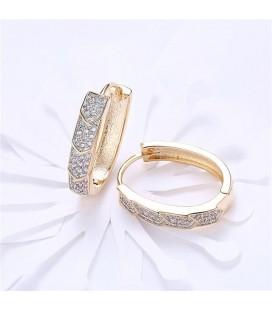 Ovális fülbevaló arany bevonattal, apró kristályokkal