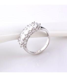 Koktél gyűrű fehér zircon kristályokkal