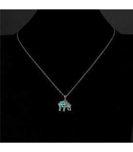 ékszer webshop Foszforeszkáló elefánt medál ezüst bevonattal