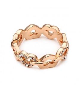 ékszer webshop Apró kristályokkal díszített, szív formájú gyűrű