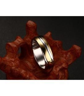 ékszer webshop Bordázott női gyűrű nemesacélból, arany