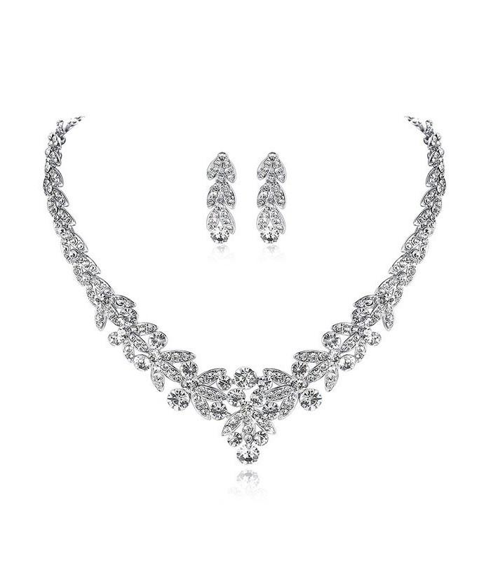 7142f1ed17 ékszer webshop Luxus kivitelezésű, kristálylevél menyasszonyi. Loading zoom