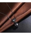 ékszer webshop Különleges, fekete bevonatú kristályos medál