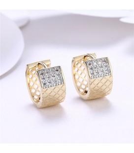 Gold filled karika fülbevaló apró kristályokkal