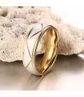 Aranyozott férfi nemesacél karikagyűrű vésett mintával