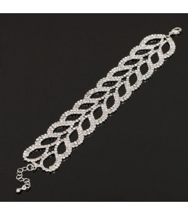 Alkalmi, elegáns karkötő kristályokkal