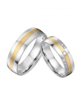 Egyedi, arany sávos női nemesacél karikagyűrű, cirkónia kövekkel